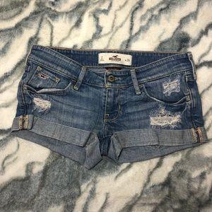 NWOT Hollister Jean Shorts